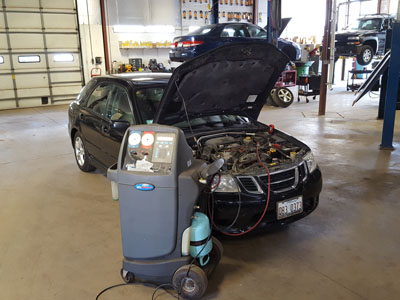 Moberg's Automotive Repair | A/C Services | 847-362-8905 | 1076 E Park Ave, Libertyville IL 60048